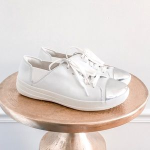 Fitflop Mirrored Metallic Toe White Sneakers